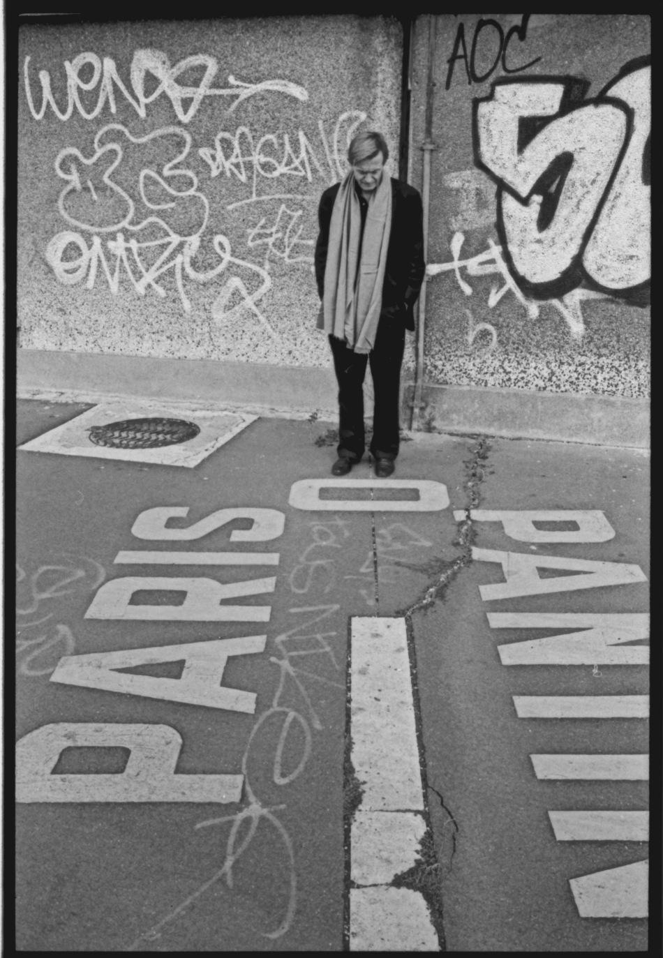 Jean Echenoz Porte de Pantin 1999©Roland Allard.jpg